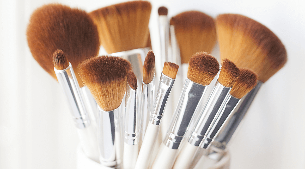 dry makeup brushes