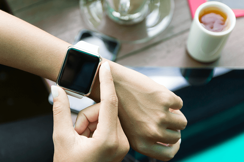 Apple Watch 3 on Woman's wrist