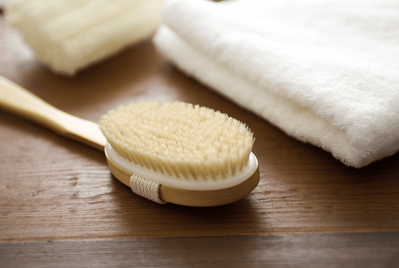 dry brush dry body brush