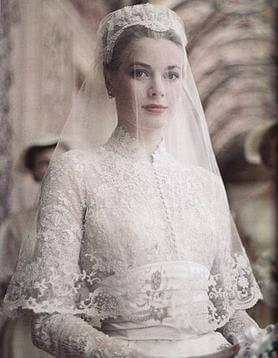 Grace Kelly wedding dress portrait from 1956.