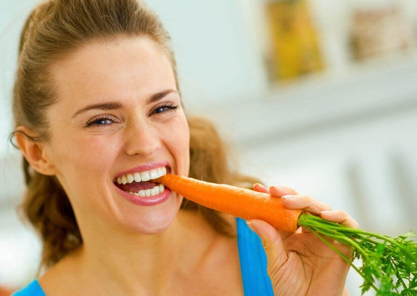 eating carrot | City Beauty