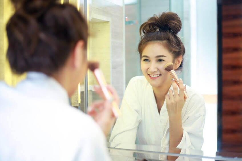 apply-makeup