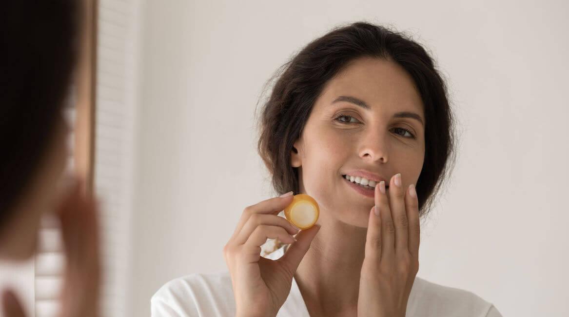 how to exfoliate lips   City Beauty